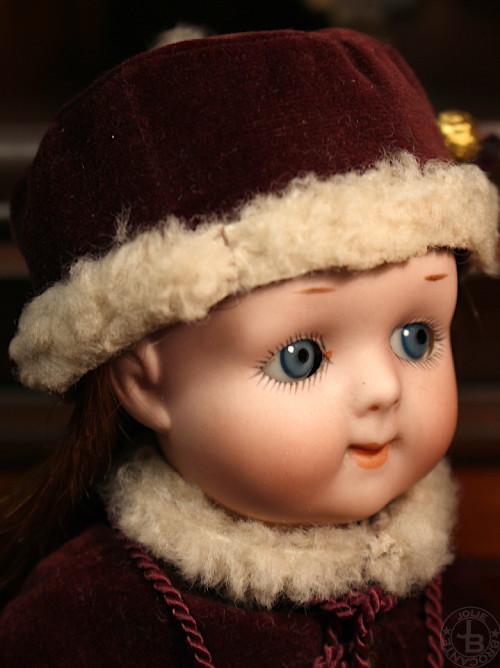 AM200 Googly Eye Doll 22cm