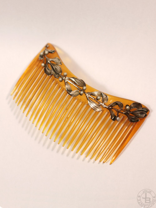 Art Nouveau Comb Mistletoe