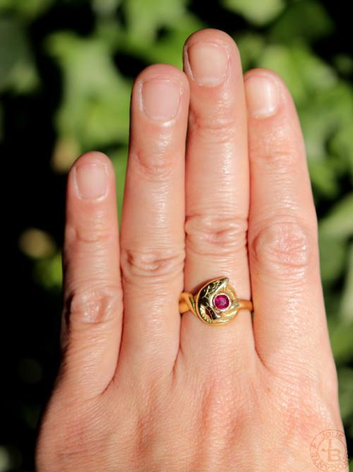 18金 ルビー アールヌーボー 蛇の指輪 #17.5+