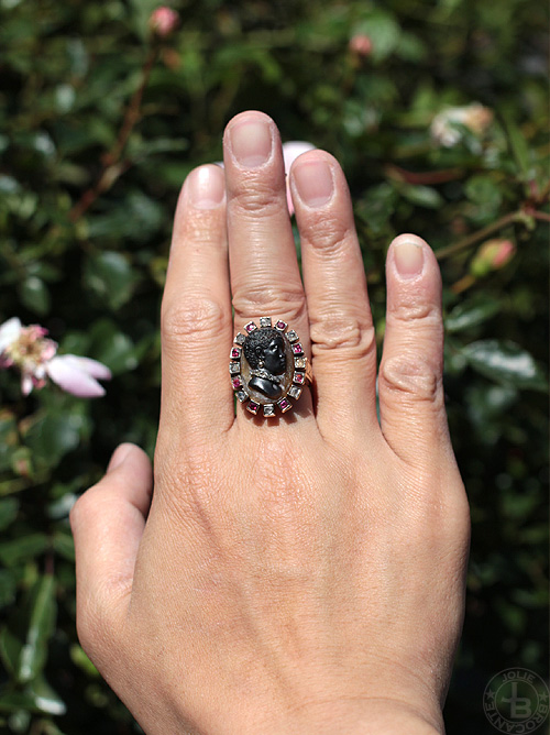 Black moor cameo ring