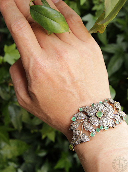 Antique Diamond Emerald 18karat Gold Bracelet
