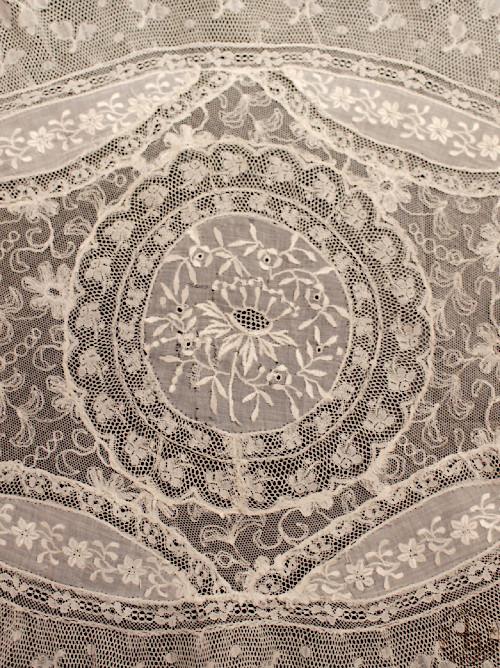 ノルマンディーレース 楕円 56×43cm