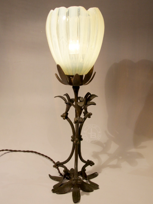アールヌーボー ヤドリギ ウランガラス ランプ H36cm